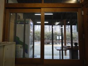 窓 後 (2)